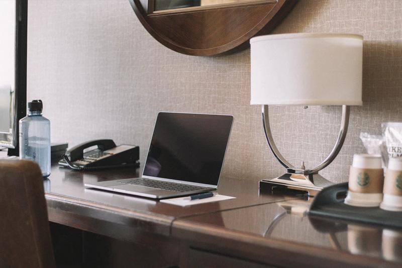 hotel-desk-